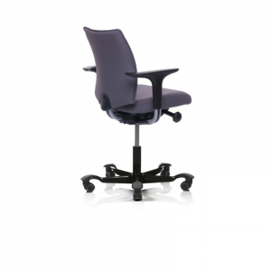 5200 full upholstered back with arms black base