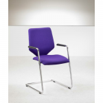 G4 Meeting chair with hard floor glides
